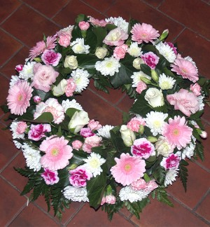 "14"" Feminine Pink & White Loose Wreath."