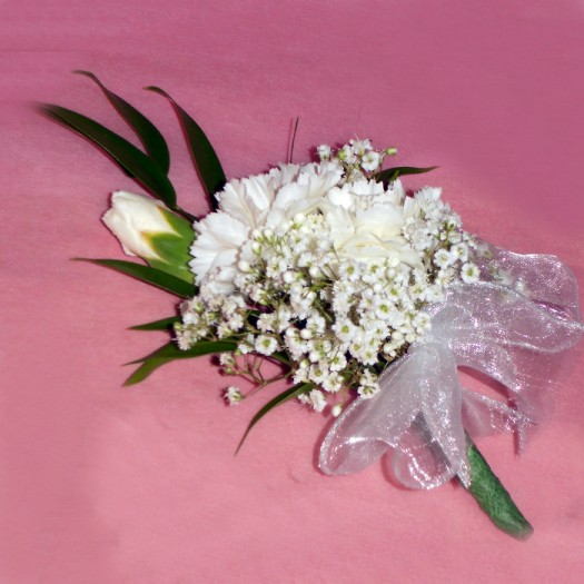 Carnation & Gyp Buttonhole