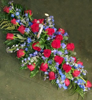 3ft Red Rose & Blue Coffin Spray