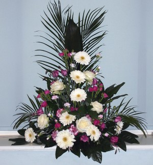Triangular Pedestal Arrangement