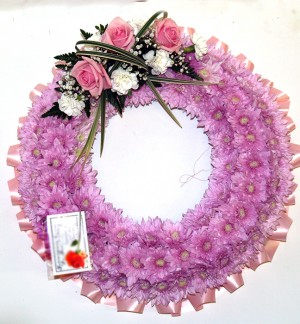"14"" Pink Ring Wreath"