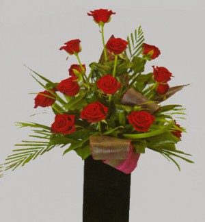 14 Red Roses in Black Vase