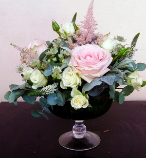 Pink & Cream Table Centre