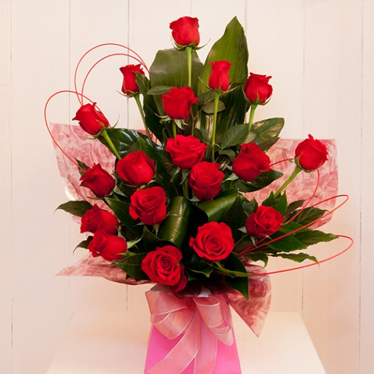 Stunning 18 Red Rose Box